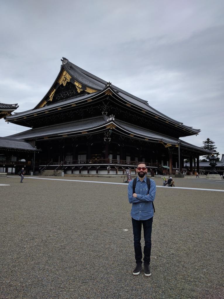 Outside Higashi Honganji